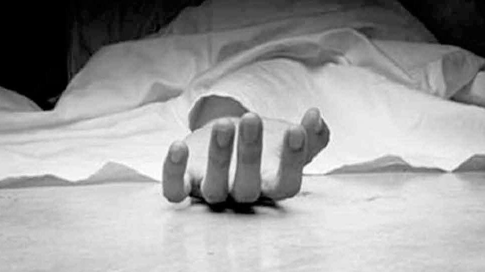 दिल्ली : केशवपुरम में 4 महीने की प्रेगनेंट महिला ने पंखे से लटककर की आत्महत्या