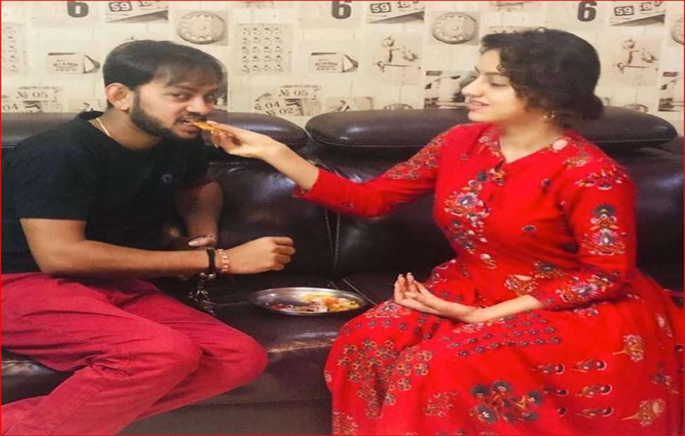 Deepika Singh posted pictures of pre Raksha Bandhan