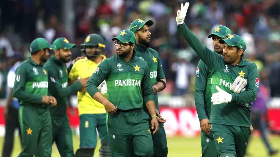 बिना कोच के ट्रेनिंग करेंगे पाकिस्तानी क्रिकेटर, मिस्बाह संभालेंगे नई जिम्मेदारी