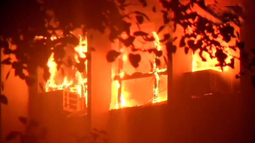 एम्स में लगी आग 6 घंटे बाद आई काबू में, टीचिंग ब्लॉक की मशीन और उपकरण खाक