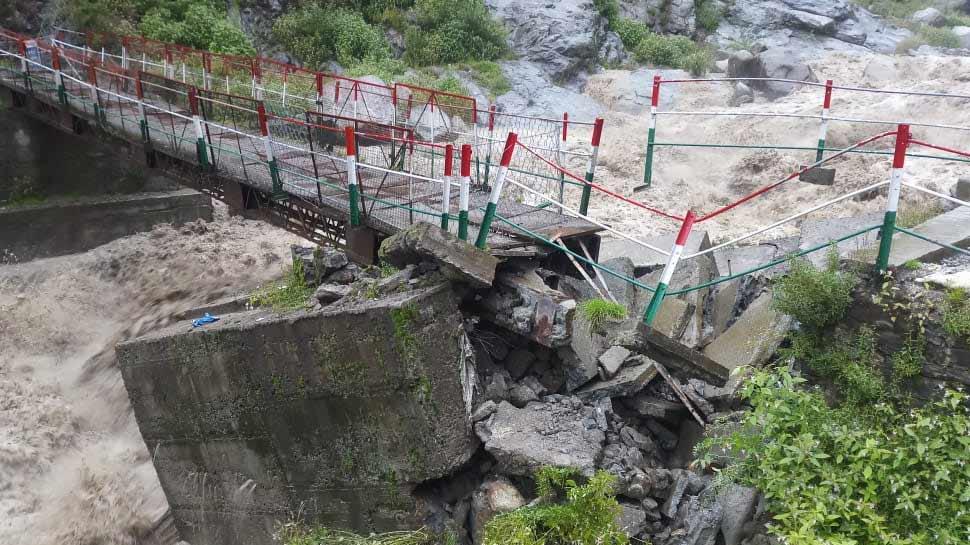 केदारनाथ धाम से रुद्रप्रयाग तक बारिश का कहर, मंदाकिनी नदी उफान पर