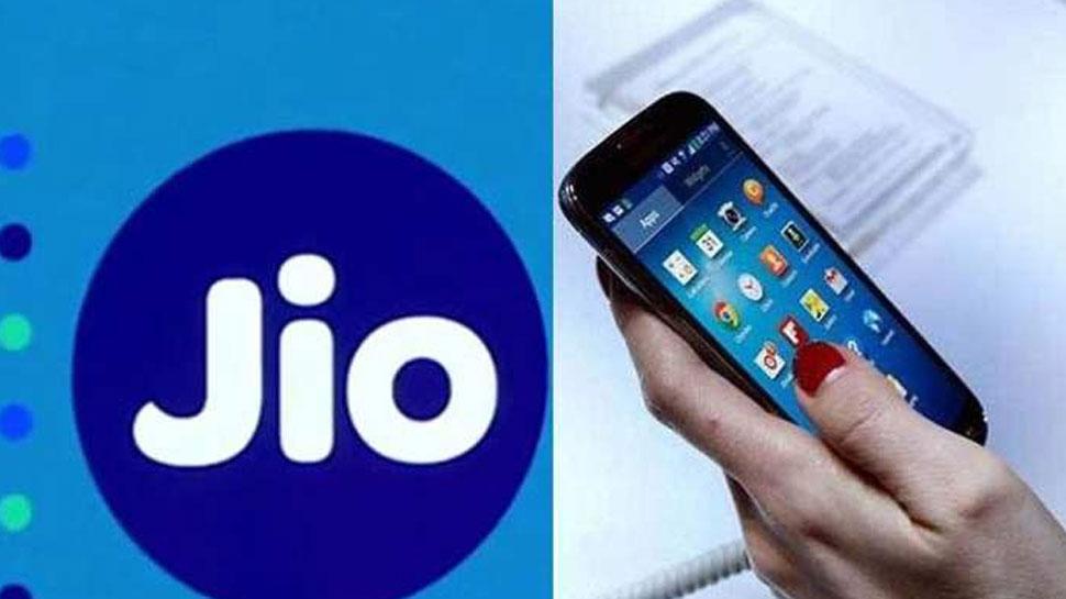 जून में Jio के ग्राहक बढ़े, वोडाफोन और Airtel के यूजर्स में गिरावट : TRAI
