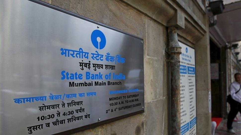 SBI के करोड़ों ग्राहकों के लिए बड़ी खबर, जल्द 'बेकार' हो जाएगा आपका ATM कार्ड