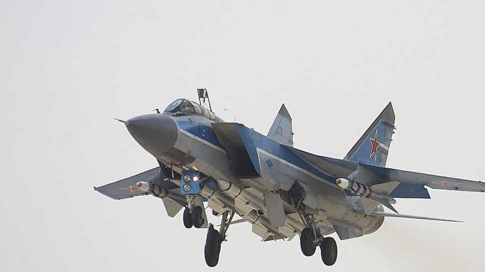 आसमान में भिड़ गए रूस के दो मिग-31 फाइटर जेट, धरती की सतह से 20 किमी ऊपर हुई जंग!