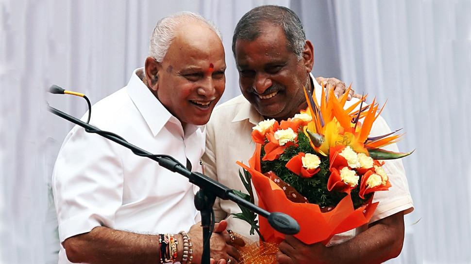 कर्नाटक: BJP मंत्रिमंडल में 17 विधायकों को मिली जगह, एक MLA ने ली मुख्यमंत्री पद की शपथ