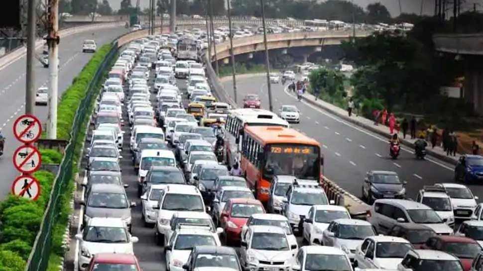 अब ट्रैफिक नियम तोड़ा तो भरना होगा भारी जुर्माना, 1 सितंबर से लागू हो रहा है नया कानून