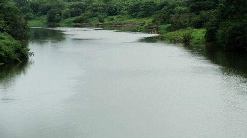 बाड़मेर: त्रिवेणी संगम के बाद उफान पर मरू गंगा, प्रशासन ने बंद किए रास्ते