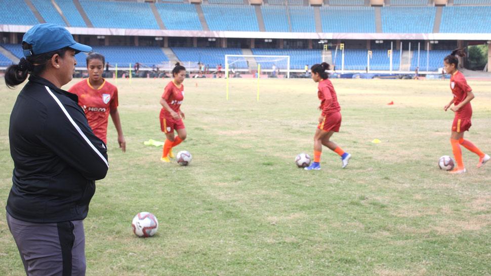 महिला फुटबॉल: उज्बेकिस्तान के खिलाफ खेलेगी भारतीय टीम