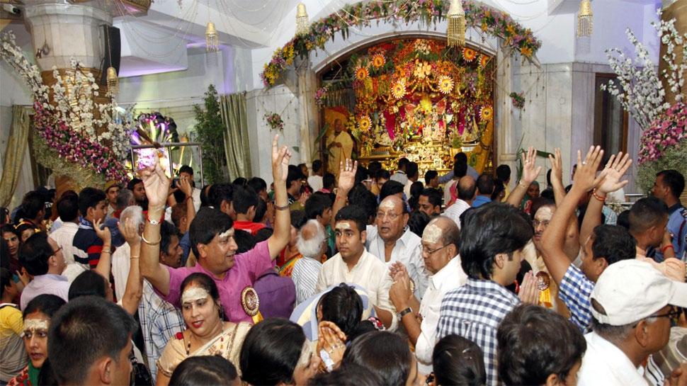 श्रीकृष्ण जन्माष्टमी: फूलों से सजाया जाएगा इस्कॉन मंदिर, दुनिया की सबसे भारी गीता के दर्शन कर सकेंगे भक्त