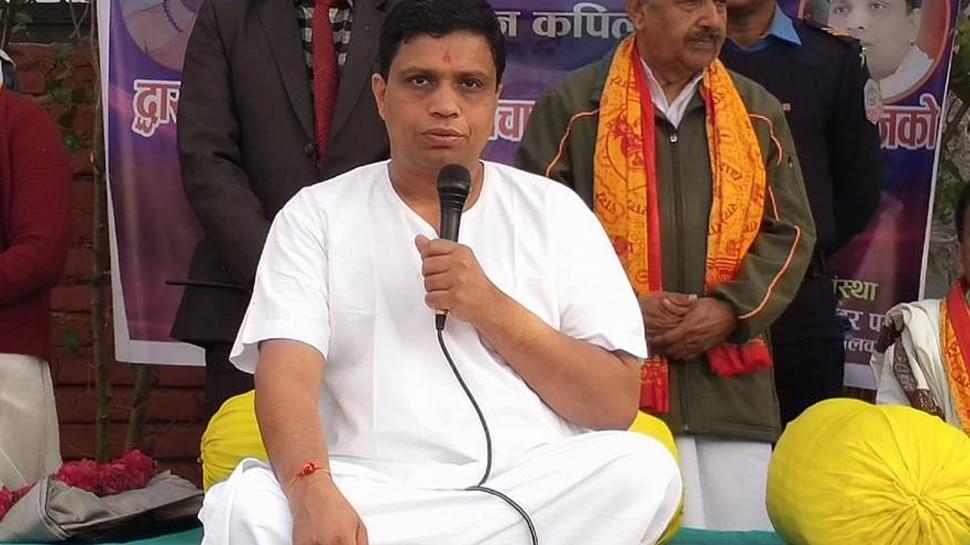 पतंजलि योगपीठ के महामंत्री आचार्य बालकृष्ण की तबीयत बिगड़ी, एम्स में भर्ती