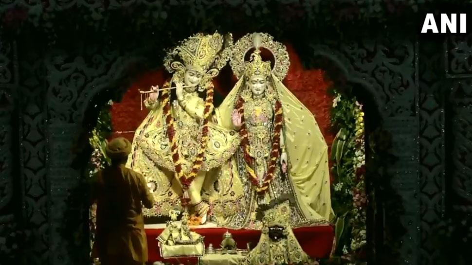 'जय कन्हैया लाल की' के जयकारों से गूंजे मंदिर, आज दोपहर मथुरा पहुंचेंगे CM योगी