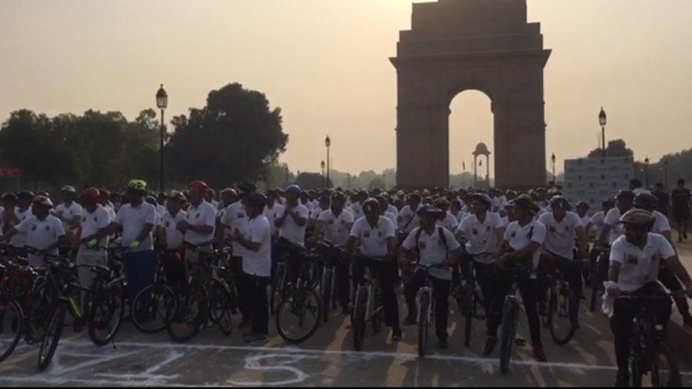 जनता को उनके अधिकारों के प्रति जागरुक करने के लिए दिल्ली के जजों ने निकाली साइकिल यात्रा