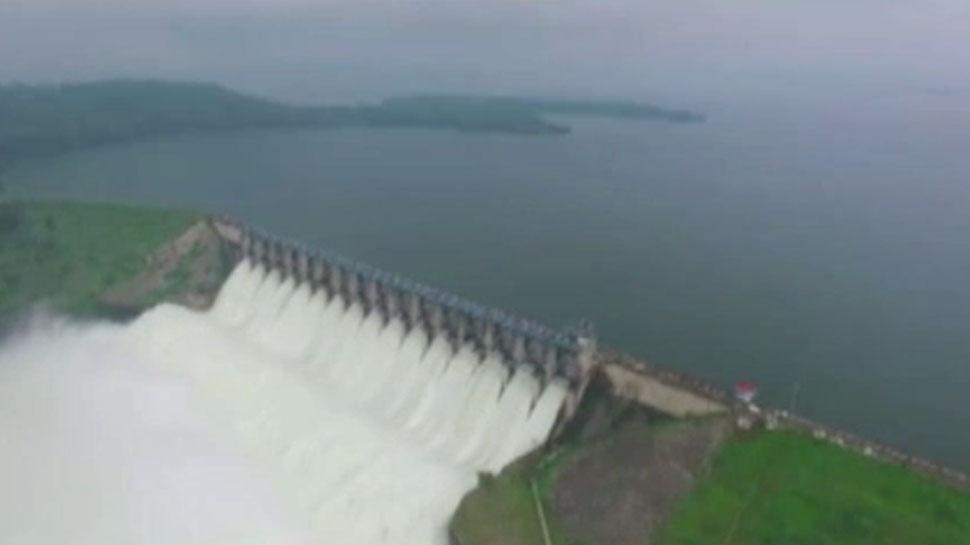 उदयपुर: भारी बारिश से बेहाल हुआ बेणेश्वर, टापू में तब्दील हुआ त्रिवेणी जल संगम