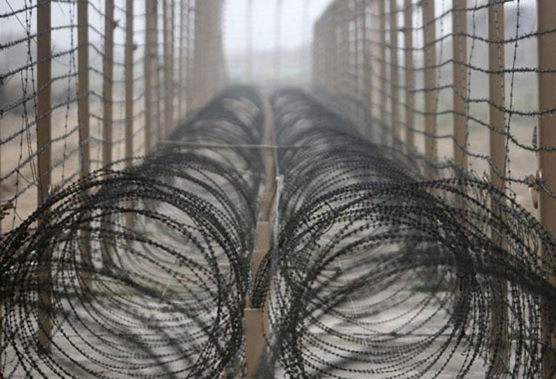 J&K: पाकिस्तान ने किया संघर्षविराम का उल्लंघन, भारतीय सेना ने दिया मुंहतोड़ जवाब