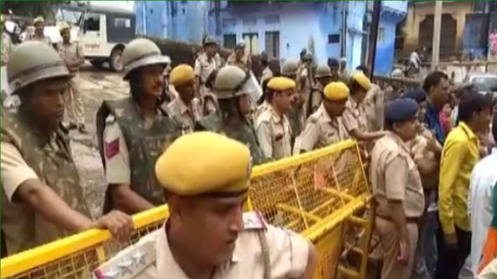राजस्थान: चित्रशाला में निशुल्क जाने के मामले ने पकड़ी तूल, बीजेपी कार्यकर्ता कर रहे प्रदर्शन