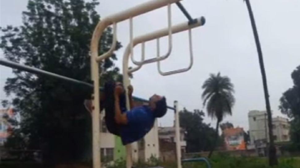 लोहरदगा में ओपन जिम का खस्ताहाल, बच्चों को डरा रहे हैं चिल्ड्रन पार्क के टूटे झूले