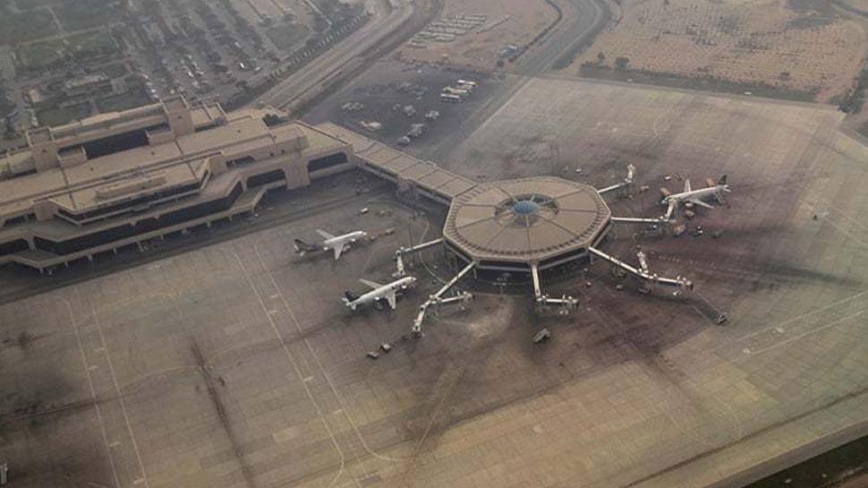 भारत के लिए हवाई क्षेत्र बंद करने पर अभी कोई फैसला नहीं : पाकिस्तान