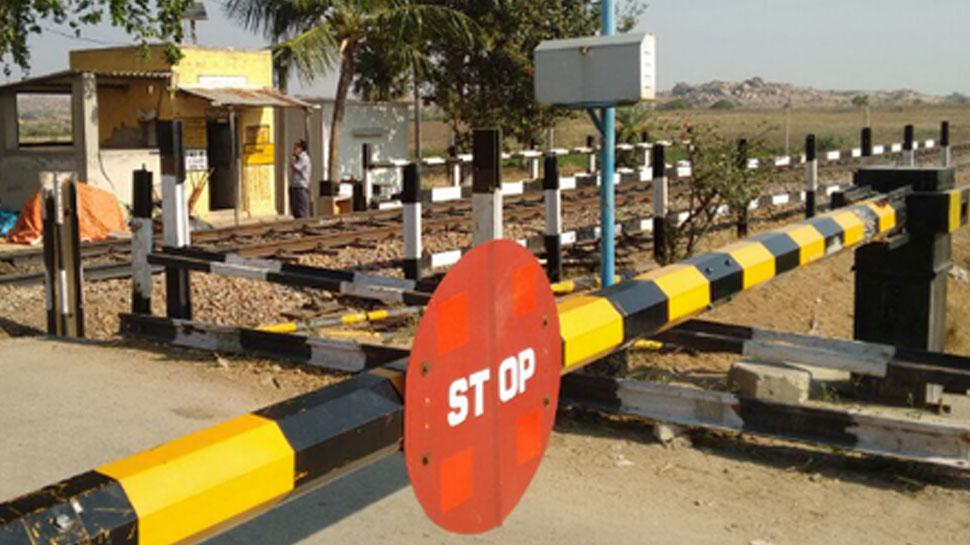 चूरू: अधर में लटका रेलवे फाटक पर 50 करोड़ की लागत में बनने वाले ब्रिज का प्लान
