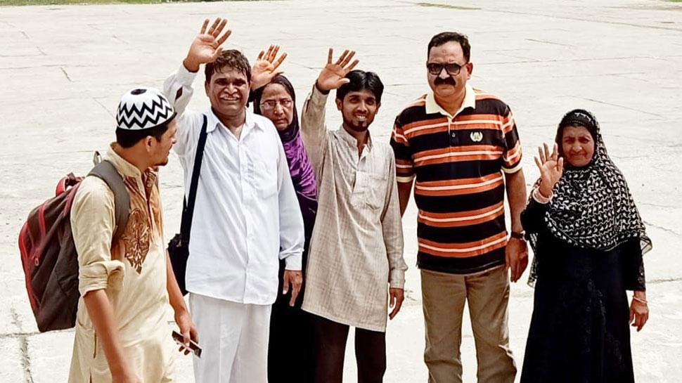 पाकिस्तान में फंसे 80 से ज्यादा भारतीय नागरिक वाघा बॉर्डर पार कर पहुंचे भारत