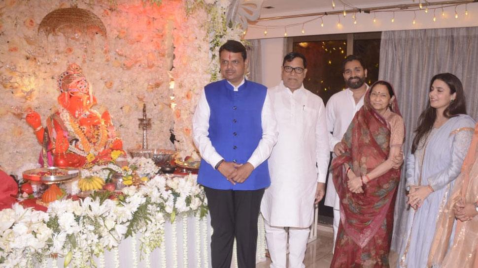 महाराष्ट्र कांग्रेस के एक और कद्दावर नेता कृपाशंकर सिंह के BJP ज्वॉइन करने की चर्चा तेज