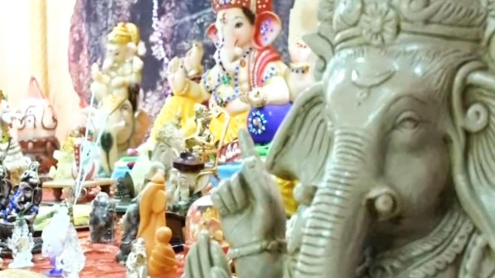 idol Sculptures