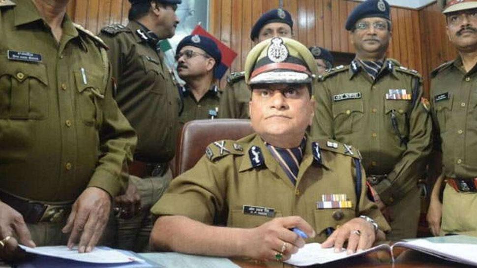 अब अगर UP पुलिस ने तोड़ा ट्रैफिक नियम, तो देना होगा दोगुना चालान, जारी हुए निर्देश
