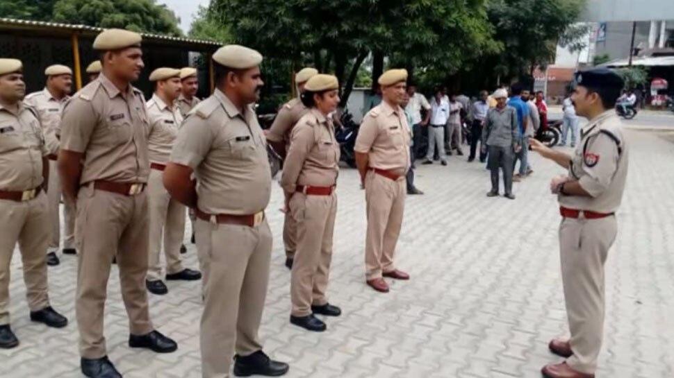 UP: पुलिसवालों ने तोड़े TRAFFIC RULES तो खैर नहीं, भरना होगा भारी भरकम चालान