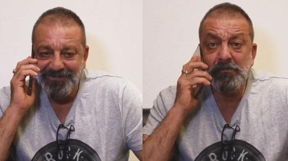 VIDEO: 'ड्रीम गर्ल' पूजा से रोमांटिक बातें कर रहे थे संजय दत्त, कैमरा देख ऐसे सकपका गए!