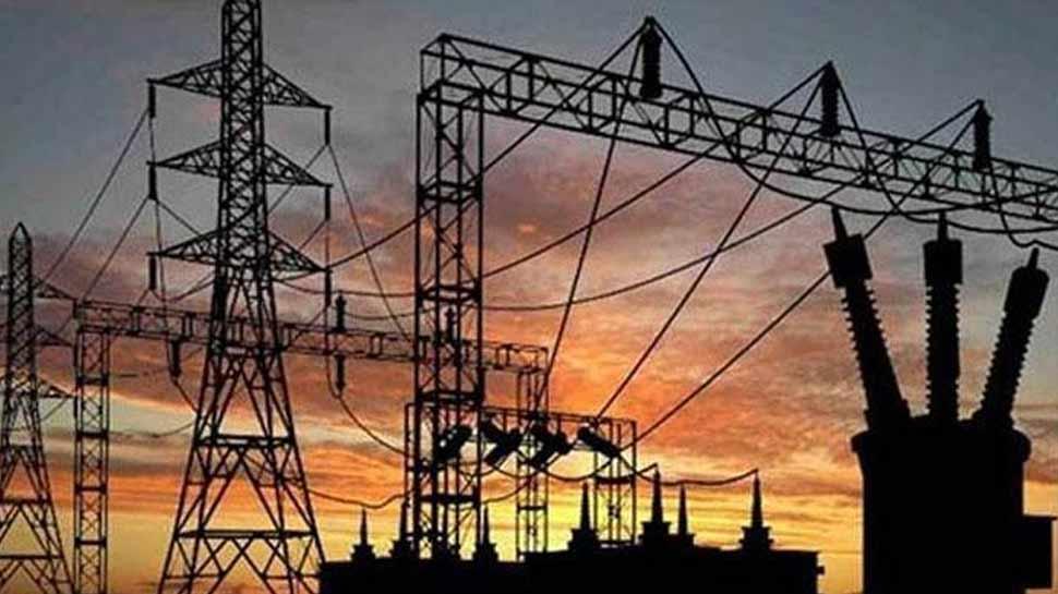 UP में आज से लागू होंगी बिजली की नई दरें, अब ज्यादा ढीली करनी होगी जेब