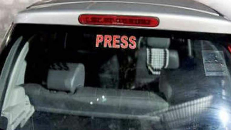 बिहार: गाड़ी पर प्रेस, पुलिस का स्टीकर लगाकर चलने वाले सावधान, पुलिस काटेगी चालान