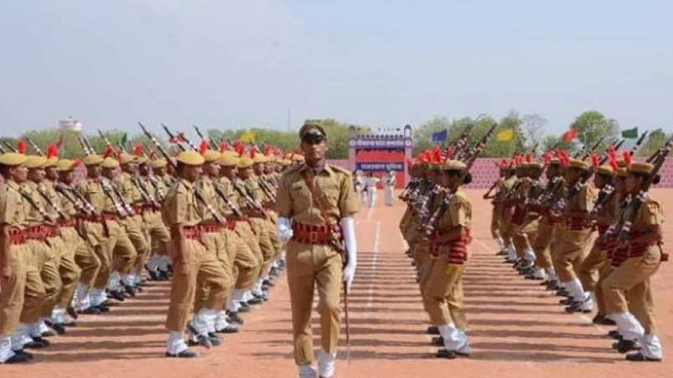 राजस्थान के पुलिसकर्मी आधुनिक हथियार चलाने में हैं नाकाम, आलाधिकारियों ने दिए प्रैक्टिस के निर्देश