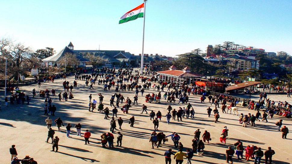 कभी भी ढह सकता है शिमला का ऐतिहासिक रिज मैदान, एक हिस्से में पड़ीं मोटी दरारें