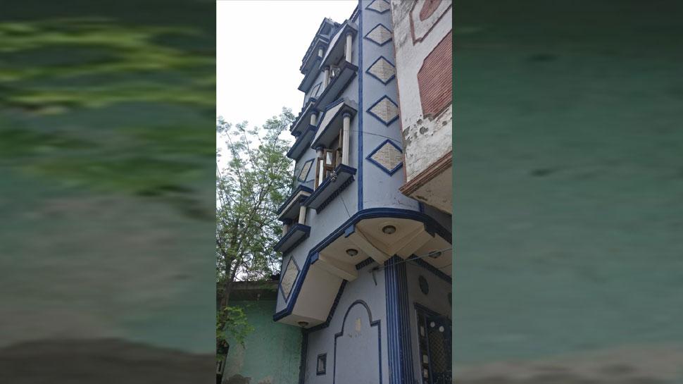 OMG: किसी अजूबे से कम नहीं है दिल्ली का यह घर, सिर्फ 6 गज में बनी है तीन मंजिल