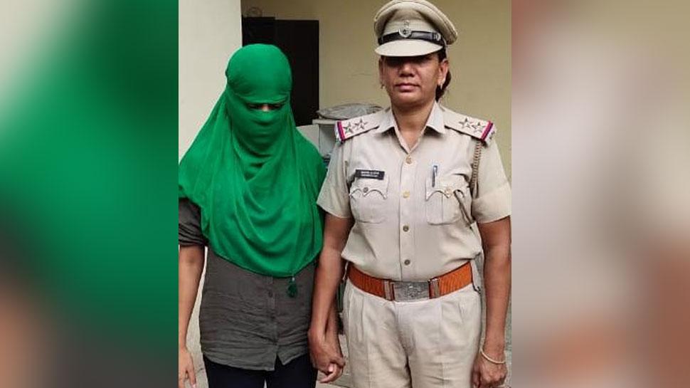 गुरुग्राम में सामने आया हनी ट्रैप का केस, ब्लैकमेल कर 40 लाख रुपये मांगने वाली युवती गिरफ्तार