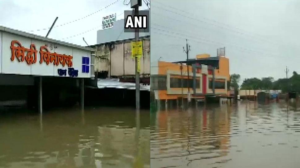 MP: नीमच में लगातार 3 दिनों से जारी बारिश ने बढ़ाई मुश्किलें, सैकड़ों गांवों में बाढ़ जैसे हालात