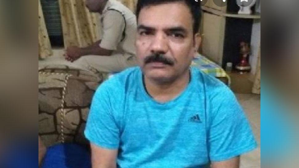 रायपुरः नान घोटाले मामले में हिरासत में लिए गए चिंतामणि चंद्राकर, EOW की टीम कर रही है पूछताछ