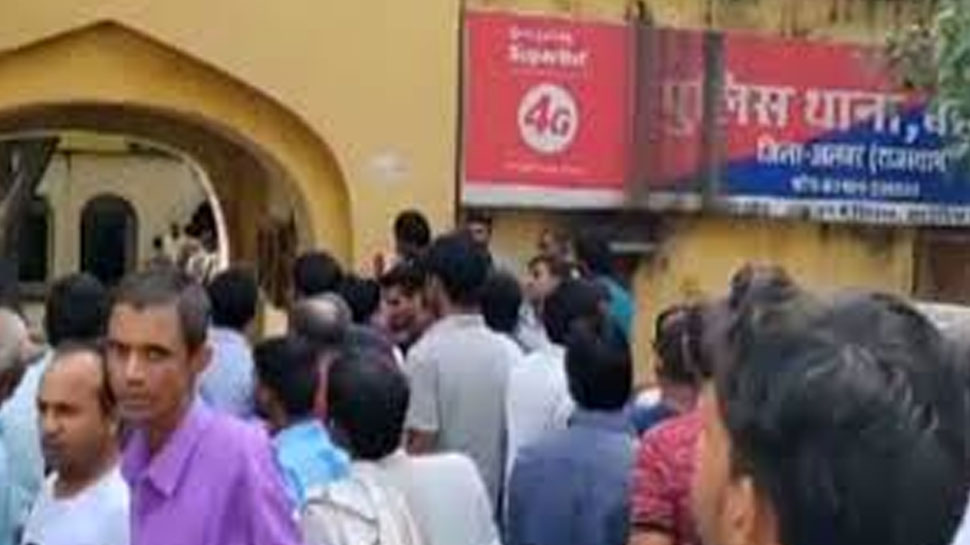 अलवर: पपला मामले में 50 हजार का ईनामी बदमाश गिरफ्तार, अन्य की तलाश जारी