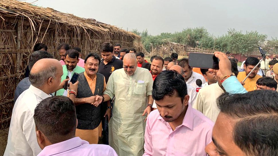 पाकिस्तान से आए हिंदू परिवारों से मिले गिरिराज सिंह, PM के जन्मदिन पर मिलेगी कई सौगात