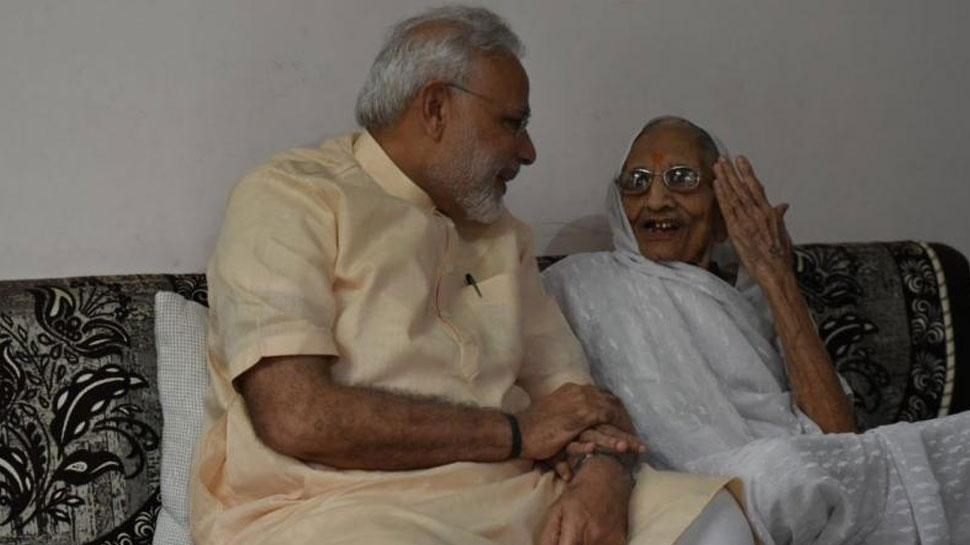 पीएम नरेंद्र मोदी मां से आशीर्वाद लेने के साथ करेंगे अपने 69वें जन्मदिन की शुरुआत