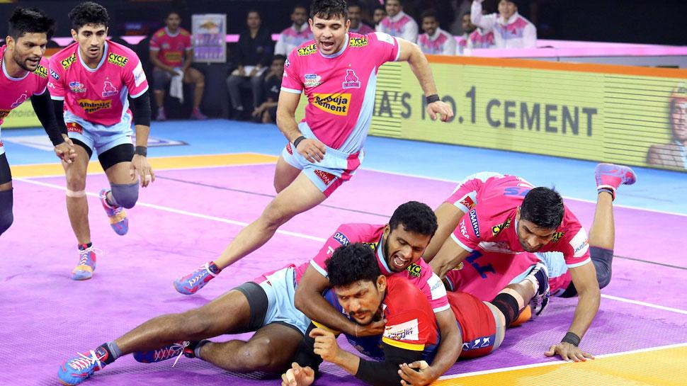 PKL 2019: यूपी योद्धा की जयपुर पिंक पैंथर्स पर लगातार दूसरी जीत, 6 अंकों से दी मात