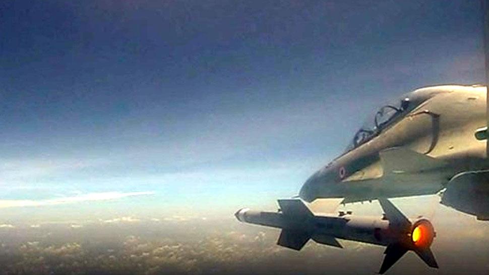 VIDEO: हवा से हवा में नेस्तानाबूत करने में सक्षम है यह मिसाइल, परीक्षण में हुआ पास