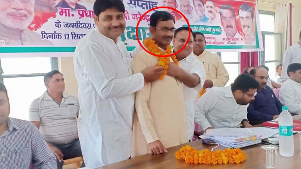 मुजफ्फरनगर: BJP विधायक के बिगड़े बोल, पंडित नेहरू और उनके परिवार को बताया अय्याश