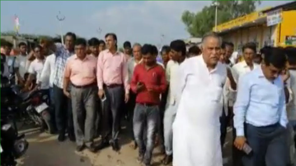 कोटा के बाढ़ प्रभावित इलाकों का जायजा लेने पहुंचे विधायक रामनारायण मीणा