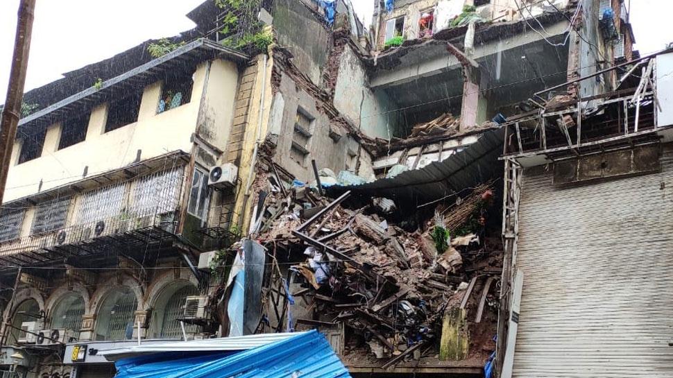 मुंबई: लोकमान्य तिलक रोड पर चार मंजिला इमारत का एक हिस्सा ढहा