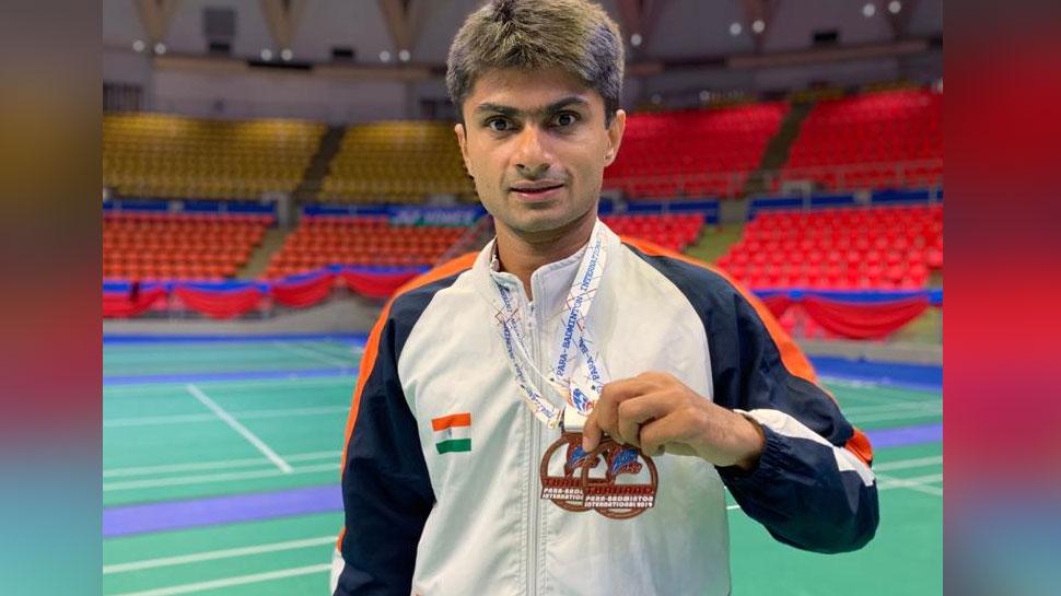 UP के IAS सुहास ने अंतरराष्ट्रीय पैरा बैडमिंटन टूर्नामेंट में जीता ब्रॉन्ज मेडल, PCS पत्नी हैं मिसेज इंडिया