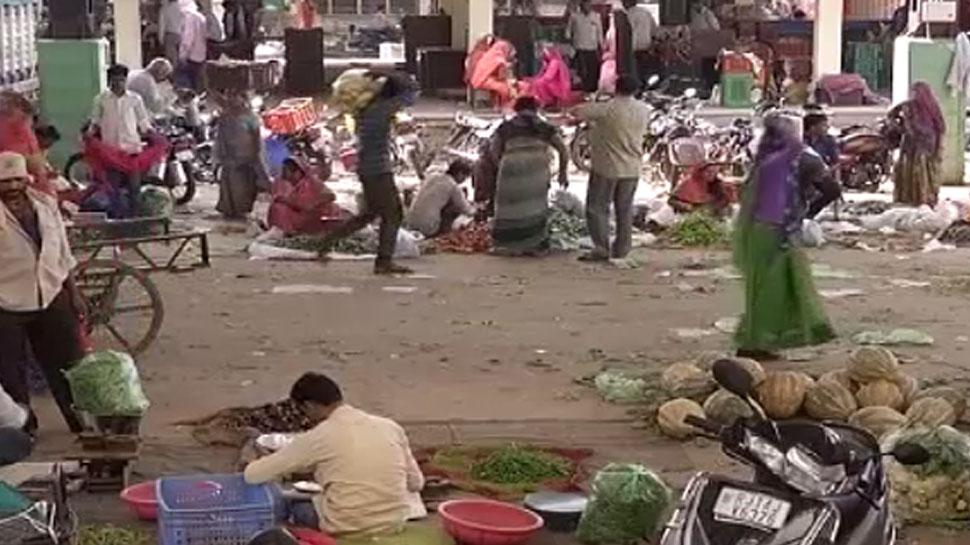 जयपुर: एशिया की सबसे बड़ी सब्जी मंडी में मूलभूत सुविधाओं अभाव, कारोबारी बेहाल