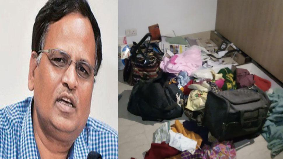दिल्ली सरकार के मंत्री सत्येंद्र जैन के घर चोरी, हर मंजिल का सामान बिखरा मिला