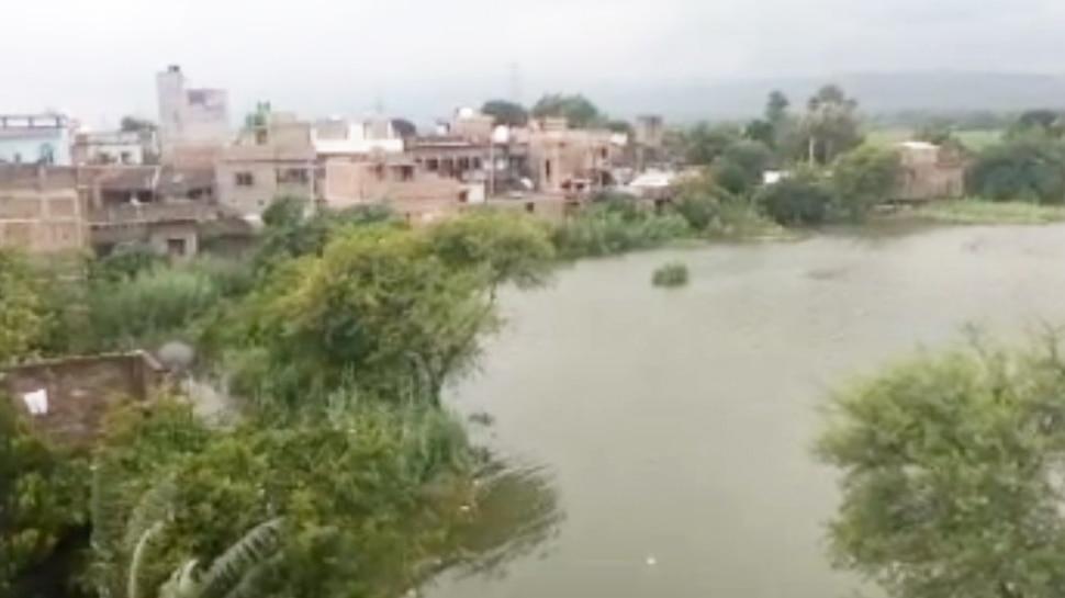 मुंगेर: गंगा के बढ़े जलस्तर से 6 प्रखंड के कई पंचायत प्रभावित, घरों में घुसा पानी