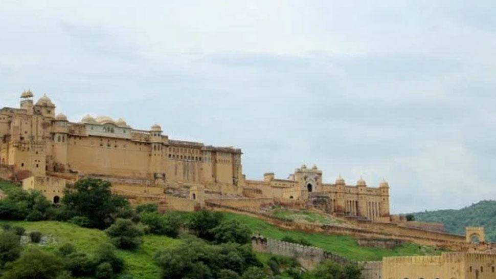 जयपुर: शीतलामाता मंदिर में नवरात्र मेले को लेकर तैयारियां शुरू, किए गए सुरक्षा के इंतजाम