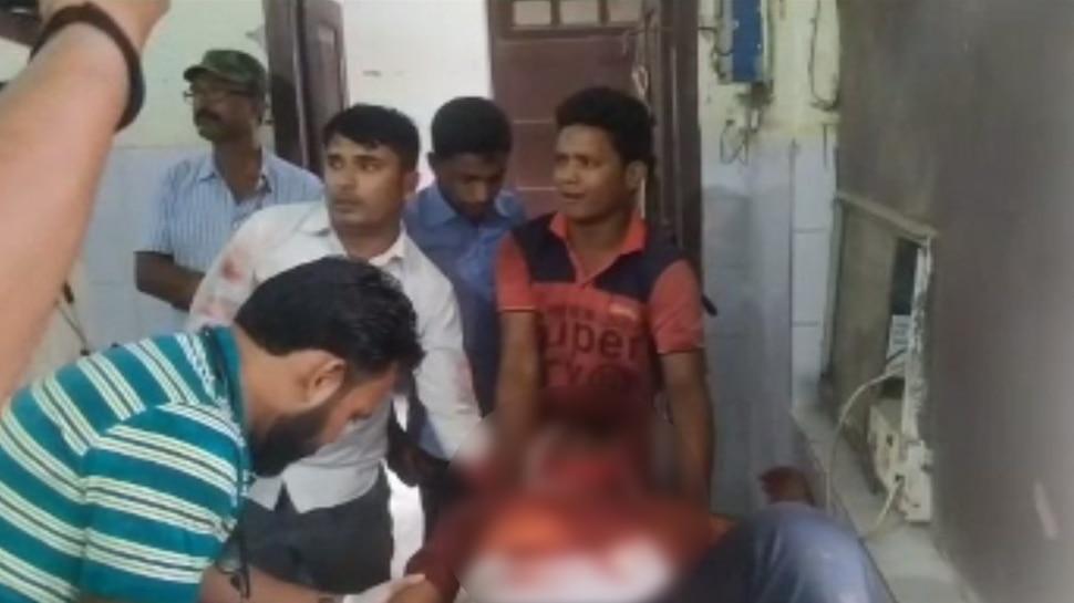 बिहार: थाने से महज 100 गज की दूरी पर अपराधियों ने युवक को मारी गोली, PMCH में भर्ती